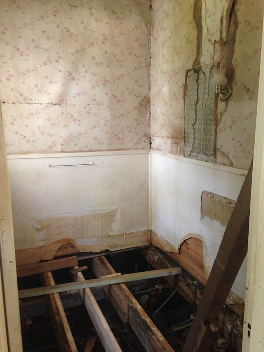 теч в баня